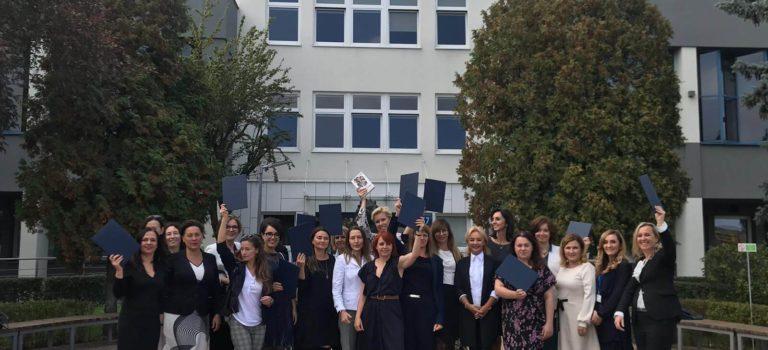 Uroczystość wręczenia dyplomów absolwentkom I edycji studiów na Akademii Przywództwa Kobiet LiderShe
